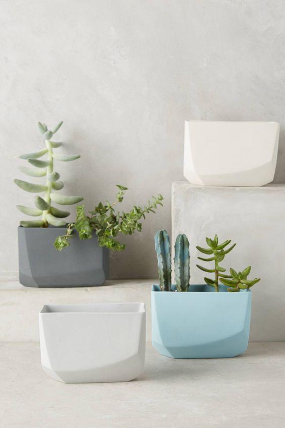 Minimal crystal planters