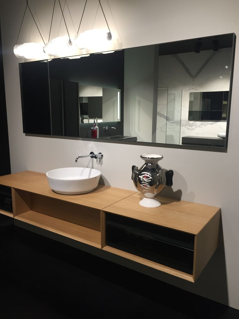Open space storage bathroom vanity