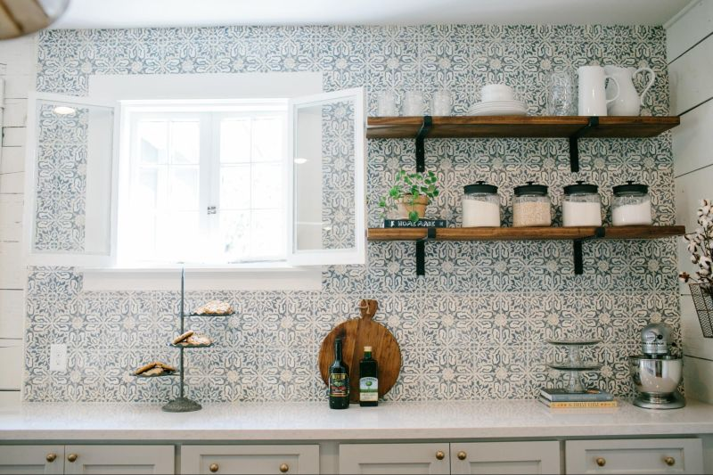 Patterned Open Shelves Backsplash