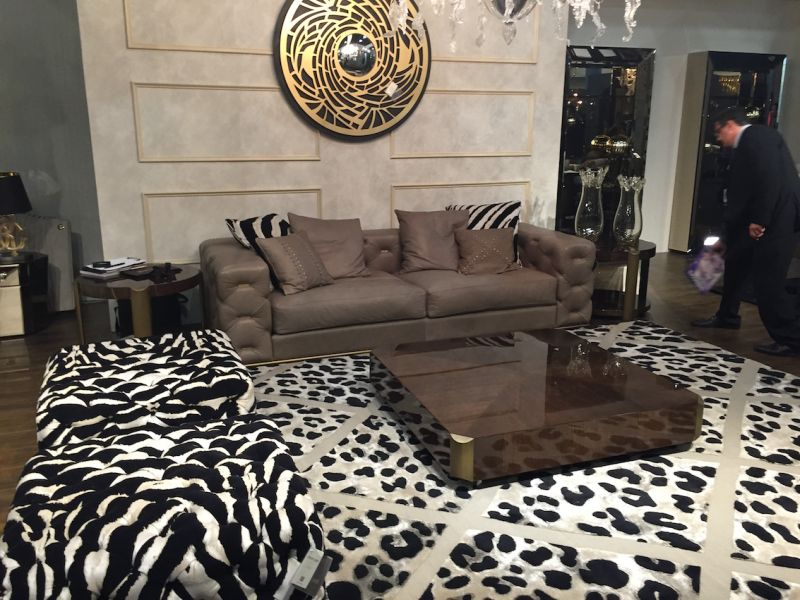 Reflective living room furniture and animal prints pattern