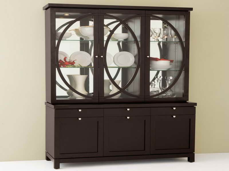 china cabinet Replace The Background With Mirrors