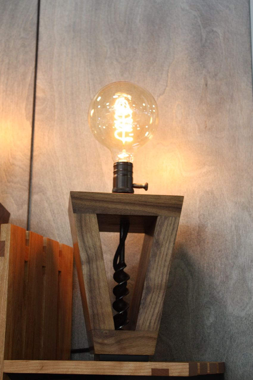 This single light version has a rustic, industrial feel thanks to the bulb as well as the base construction.