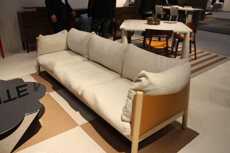 Sofa with natural fibers