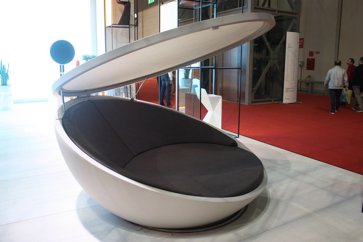 The ULM Daybed with parasol is like a giant clamshell. Designer Ramón Esteve created this circular form, which has a swivel mechanic, allowing the top to rotate. The top is controlled electrically and it can close completely when not in use.