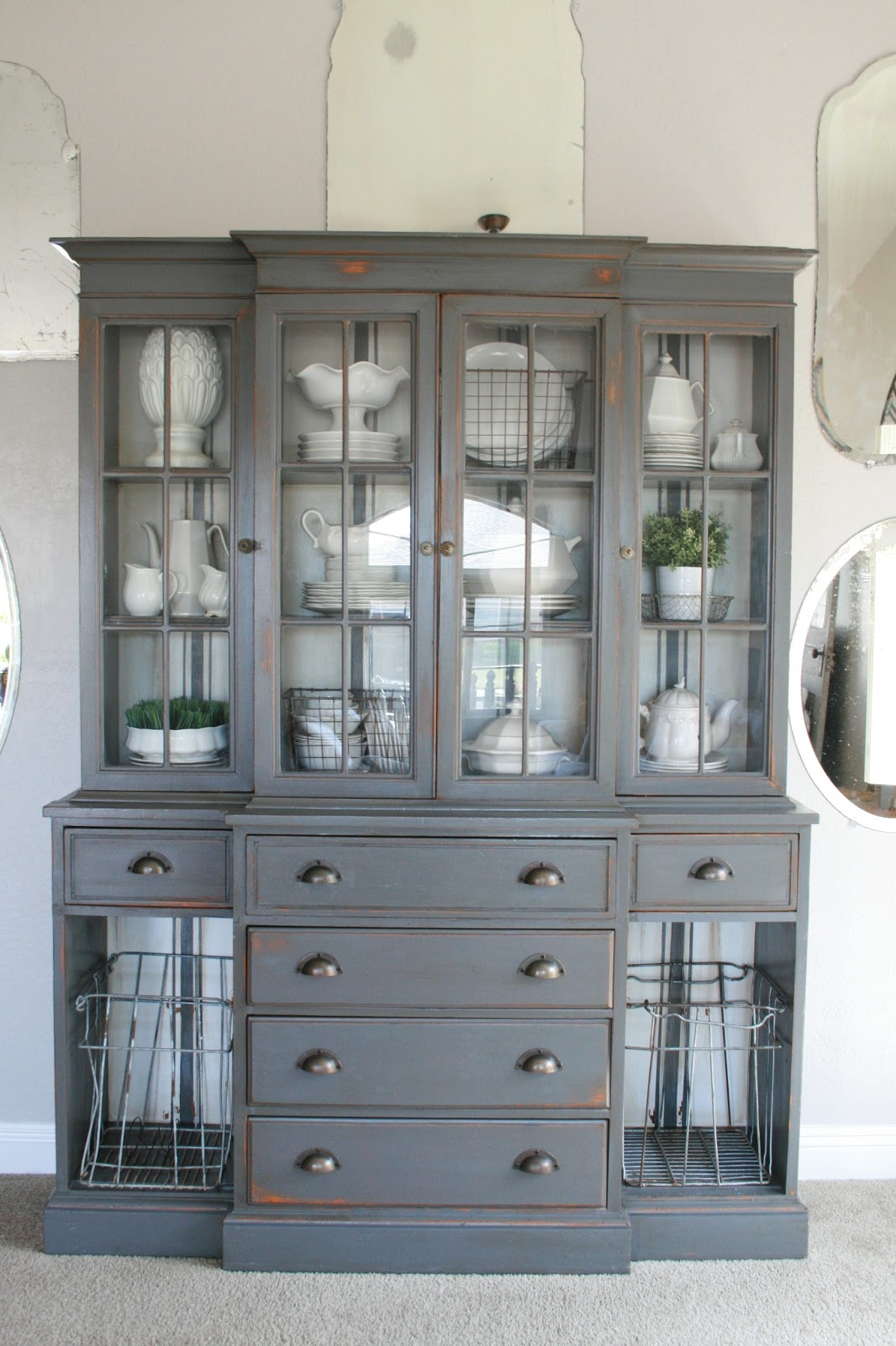 Beau White Dishes China Cabinet