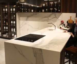 modern kitchen marble backsplash. Perfect Modern The Marble Backsplash Is Especially Eyecatching As Any Other Material  Has Both Pros And Cons Weu0027ll Get To Those In A Minute Inside Modern Kitchen Marble Backsplash