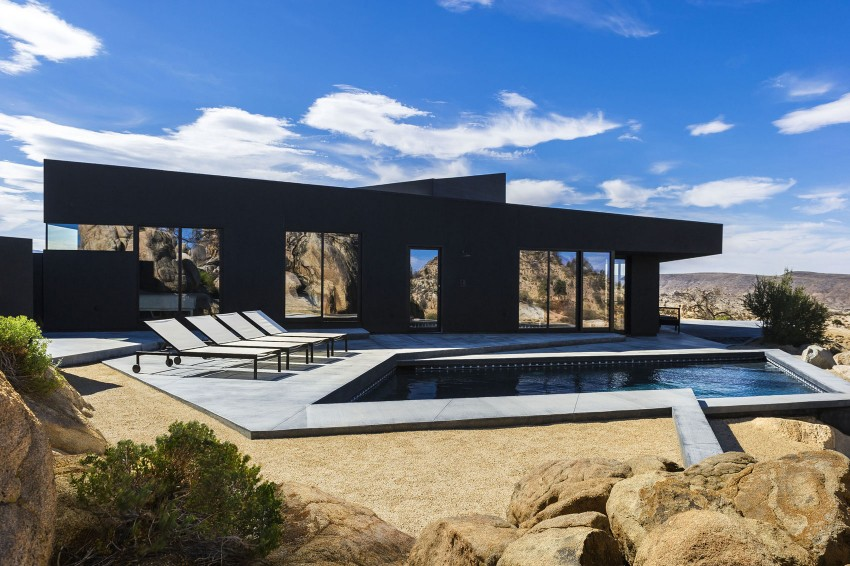 Yucca Valley House pool