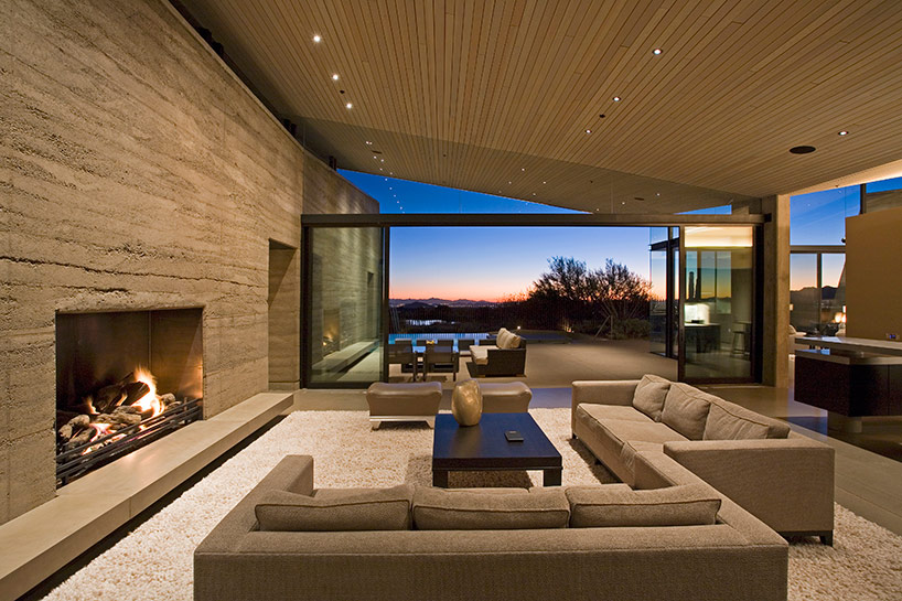 kendle design collaborative casts the desert wing house fireplace.