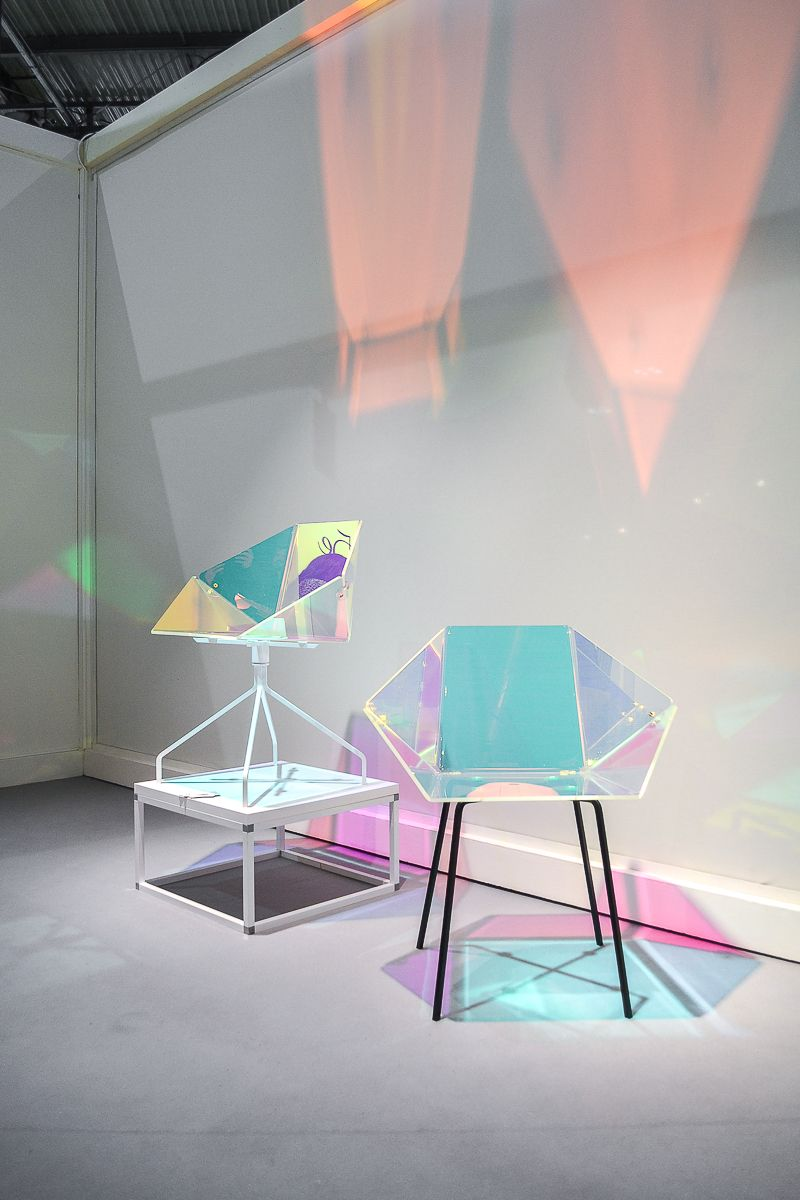transparent Prismania chair designed by Elise Luttik