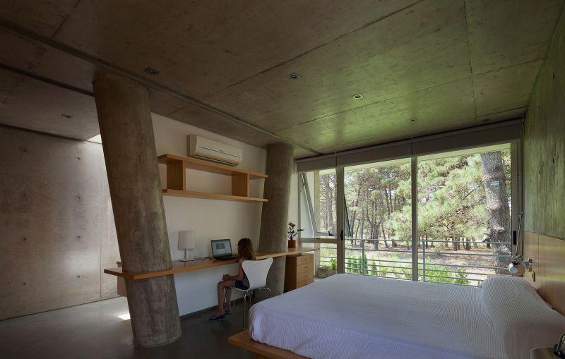 Alamos House bedroom