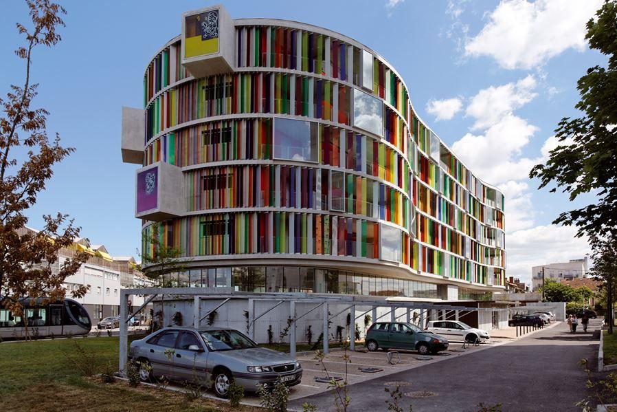 Arc en Ciel building designed by Barnard Buhler Architects