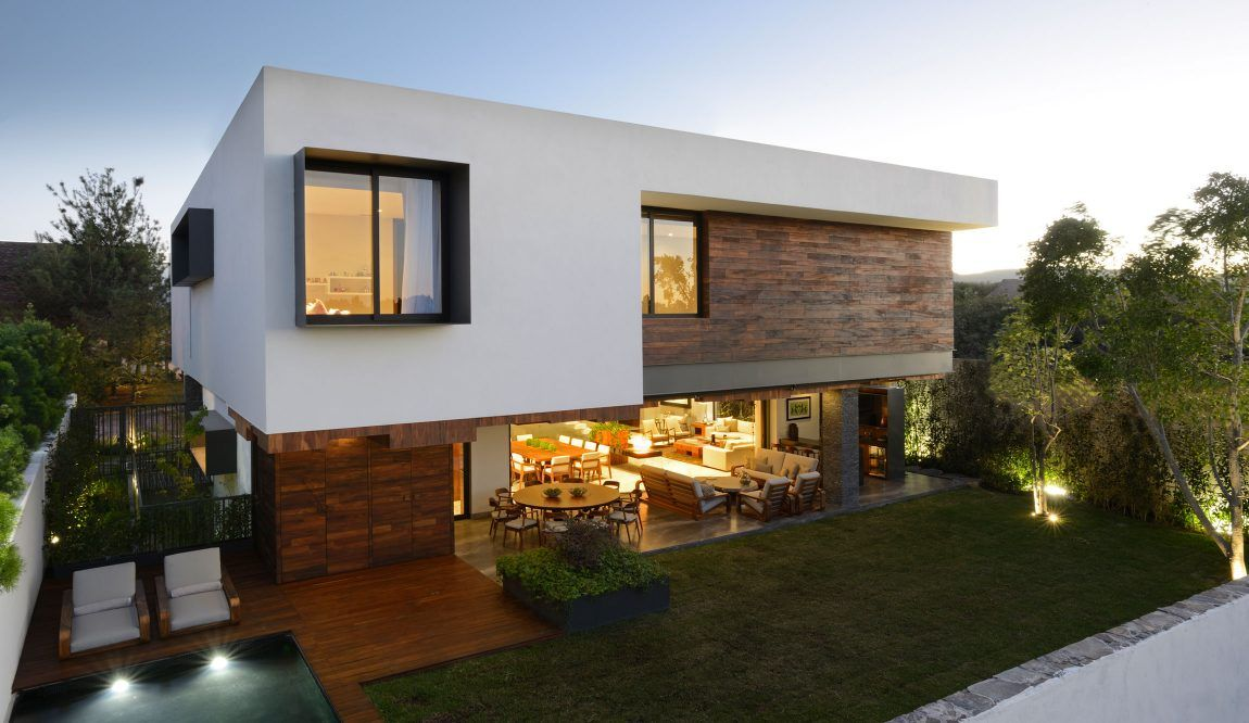 Atrium home in Mexico - with a beautiful bakyard