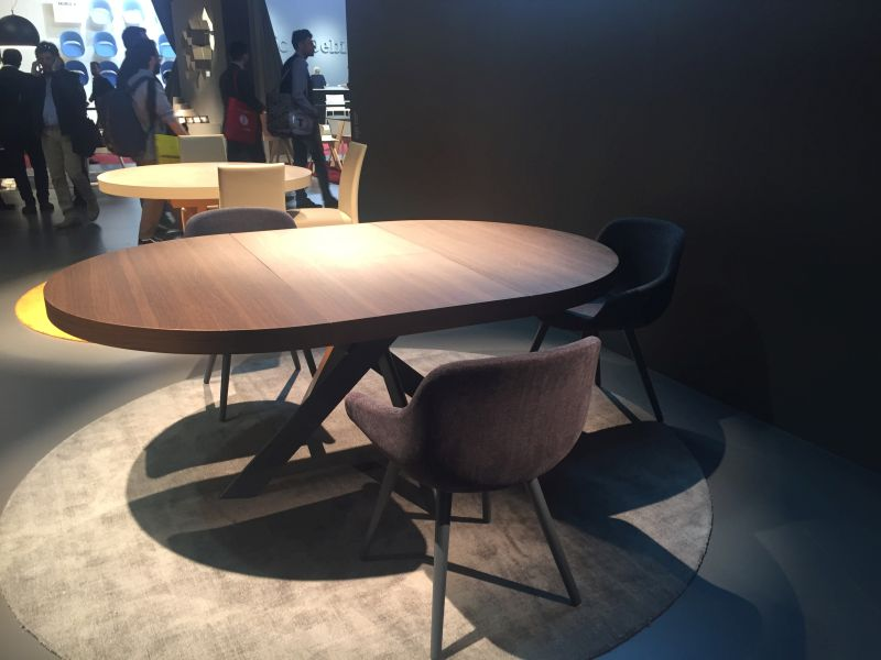 Calligaris Dining Table And Igloo Chairs