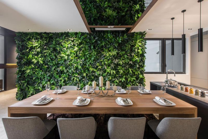 DC Residency dining area green wall