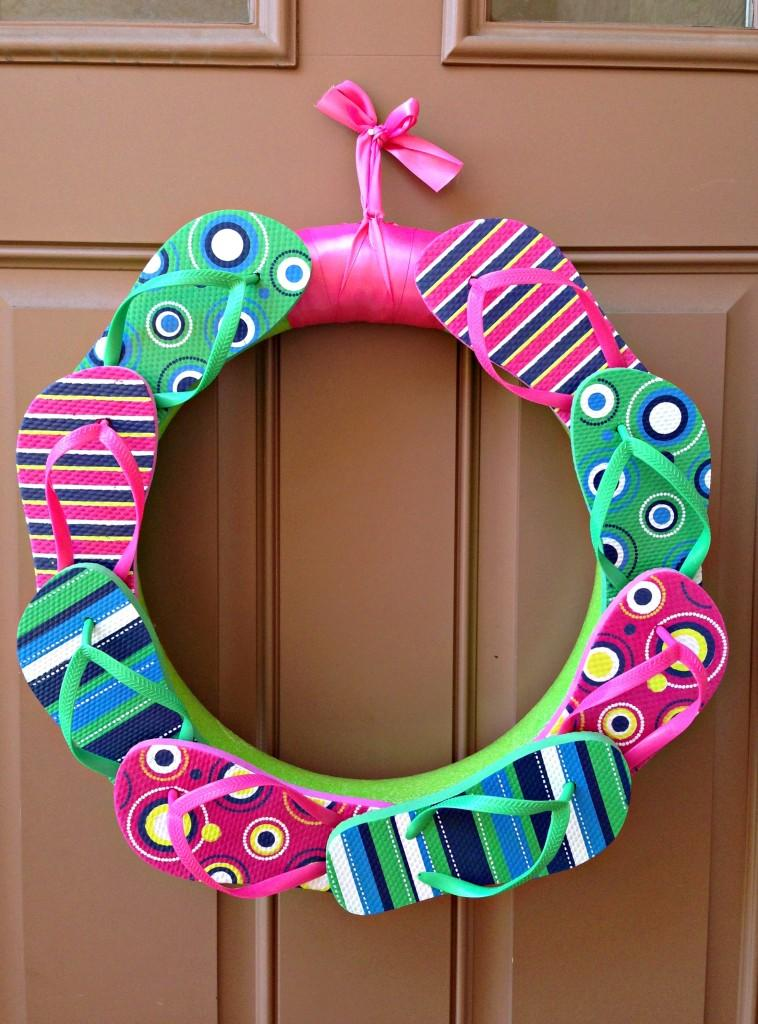 DIY flip flop wreath