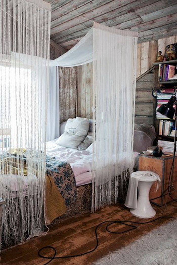 DIY rope fringe canopy & 10 DIY Canopy Beds to Make You Feel Like Youu0027re On Safari