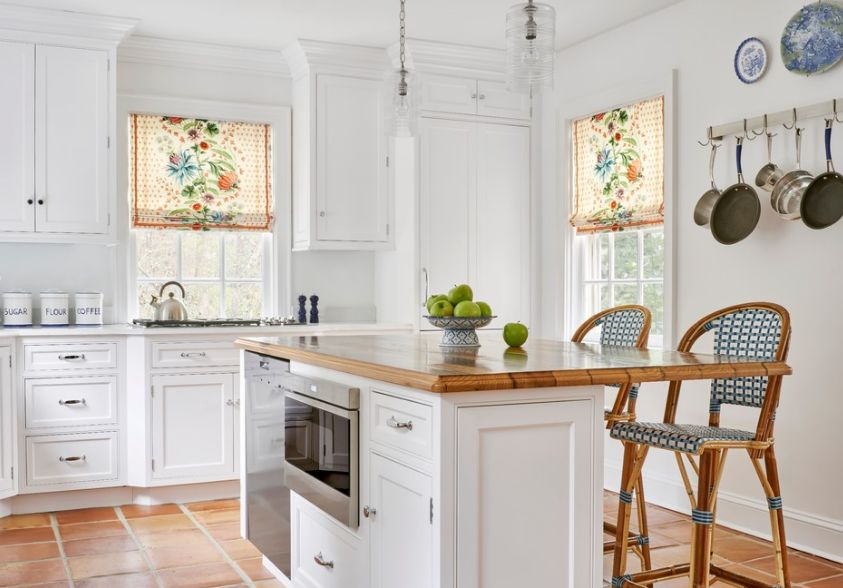 These 20 Kitchen Curtains Will Lighten, Brighten And Restyle