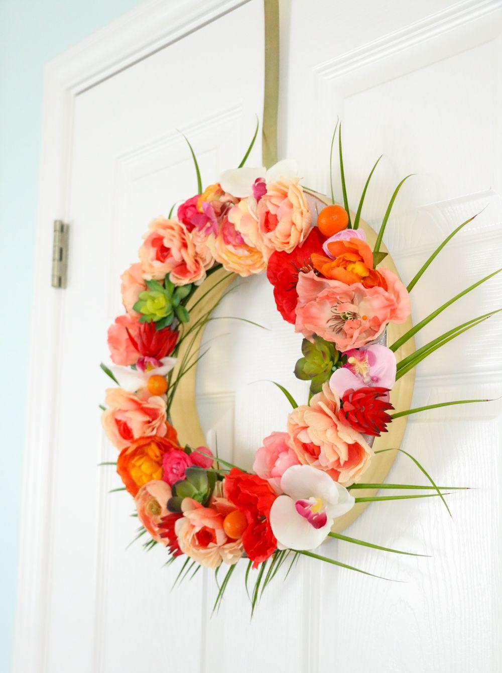 Delicieux Faunx Flowers On Door