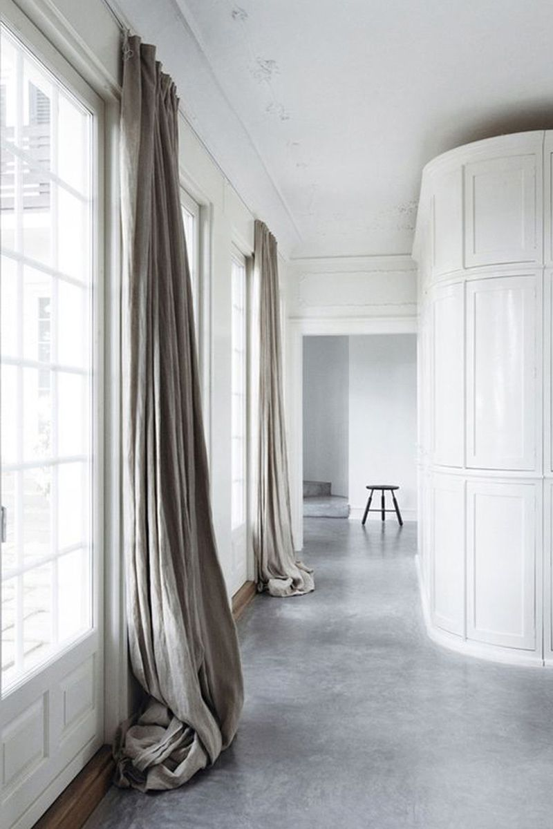 Gray floor leaning curtain