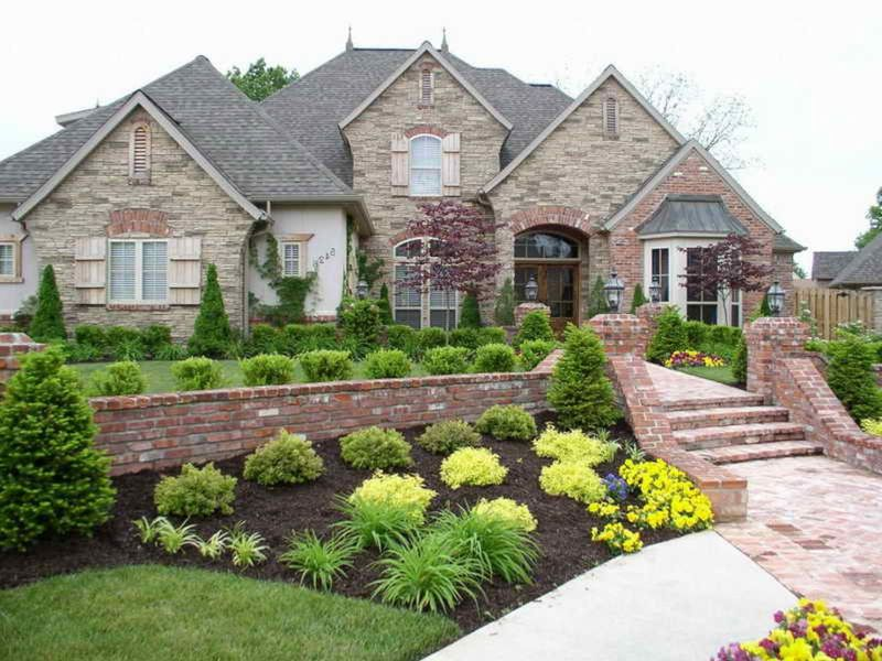 Landscaping Ideas Pictures Part - 34: Green Frontyard Landscape Design