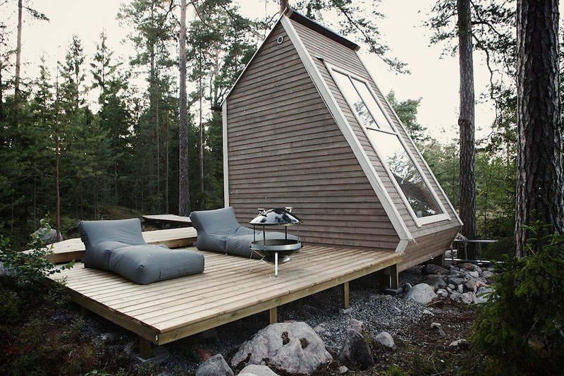 Micro cabin in Finland by robin falck