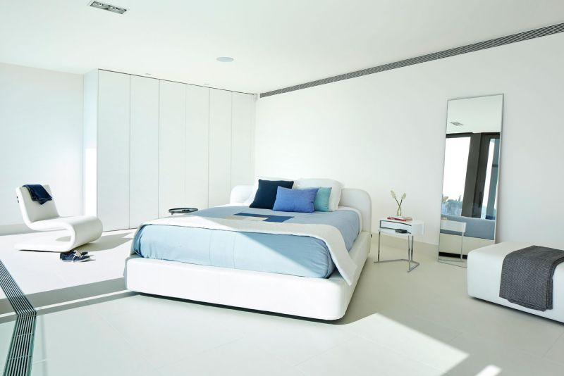 Modern residence in Catalunya bedroom decor