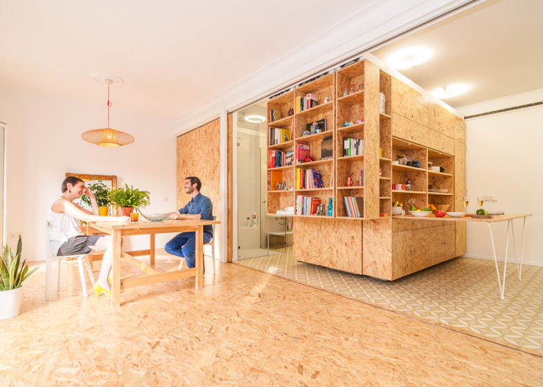 Modular Madrid Apartment Moving Block