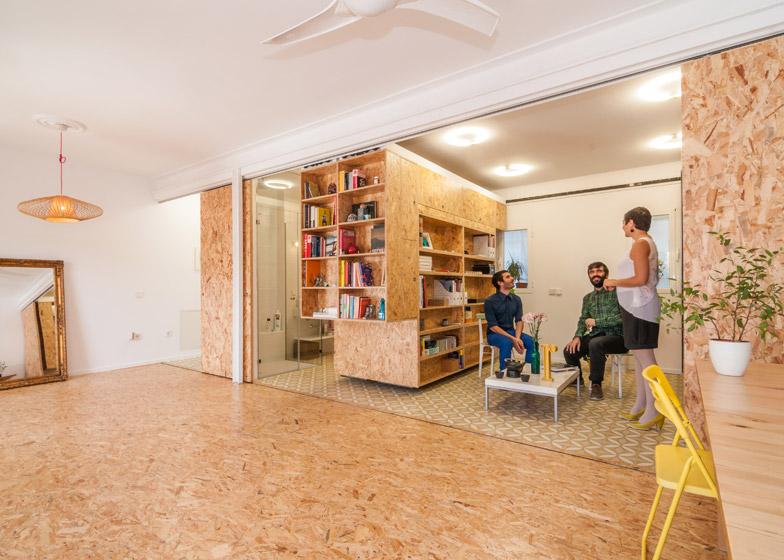 Modular Madrid Apartment Table