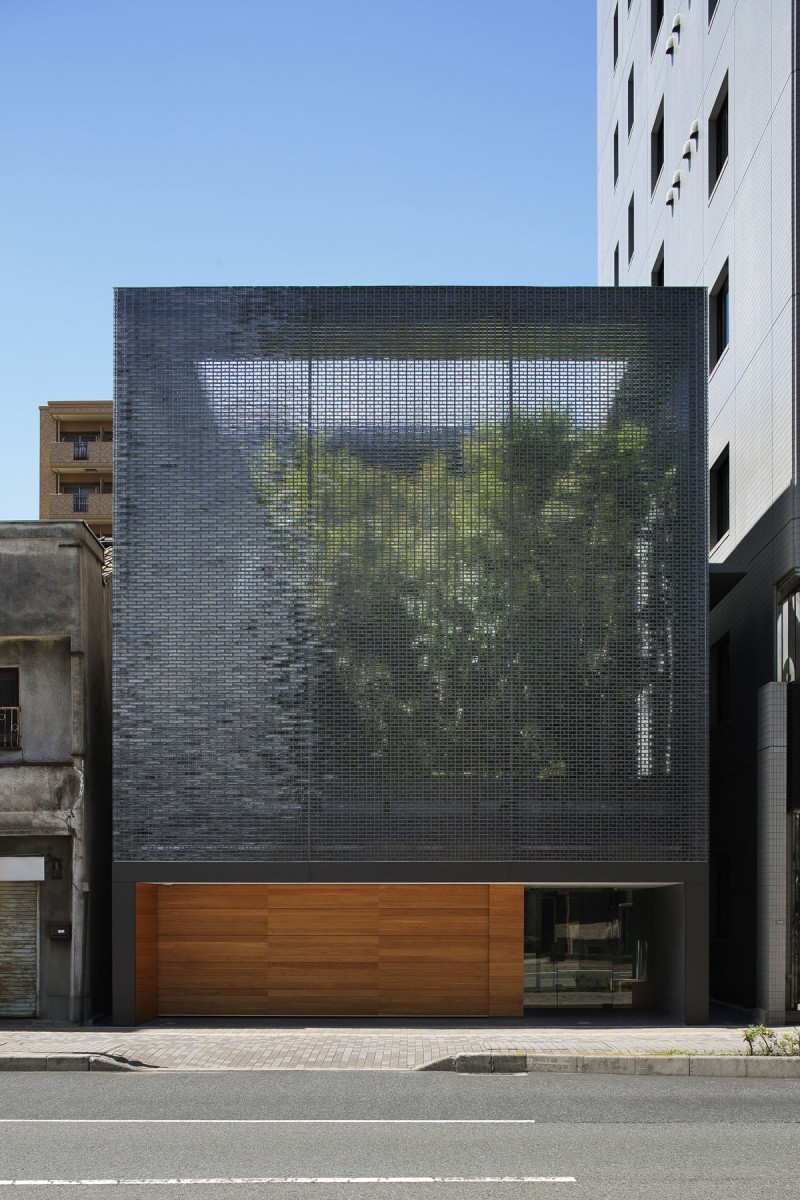 Optical Glass House By Nap Architects: 22 Unique Building Designs With Dynamic Facades