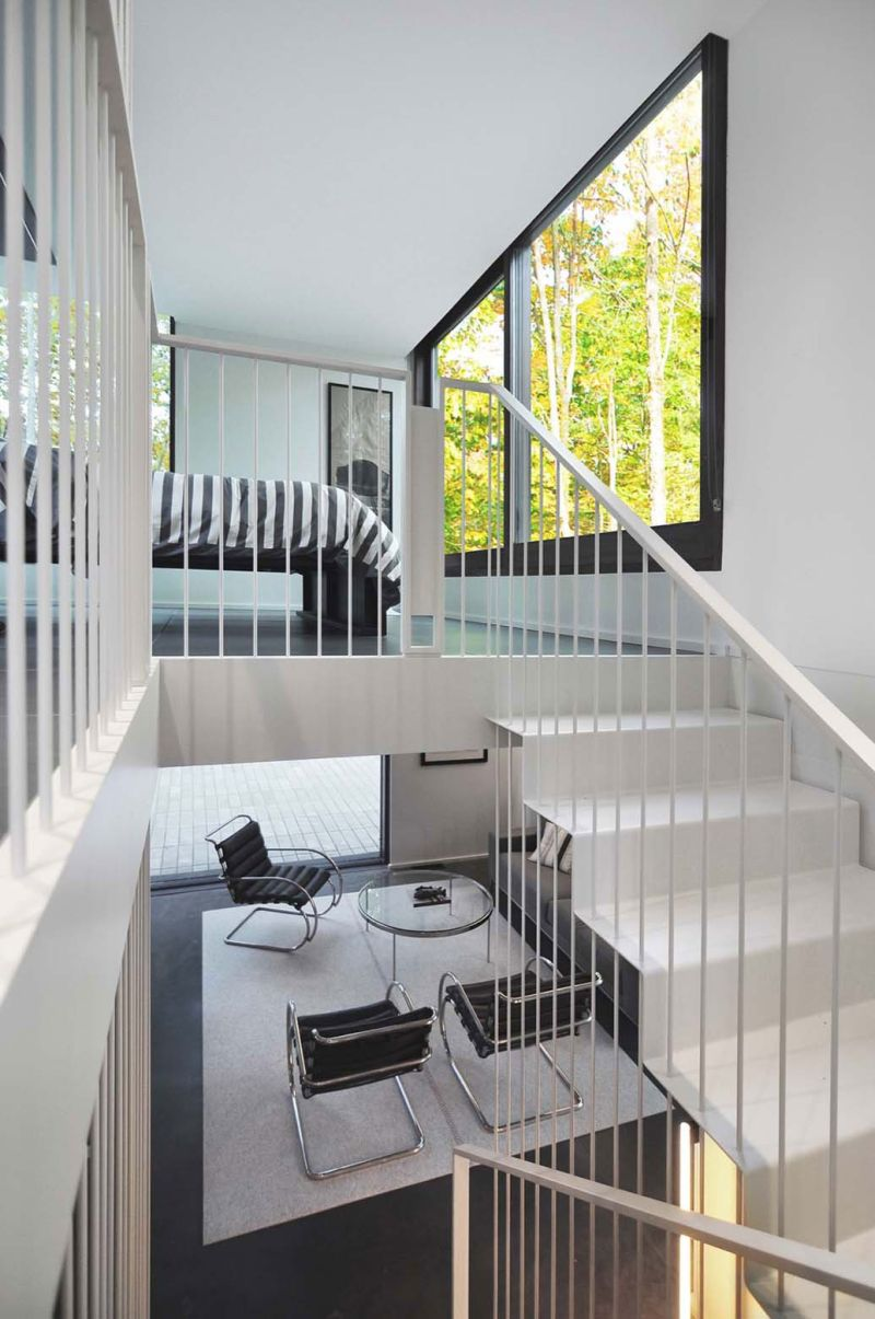 Pleated House sculptural staircase