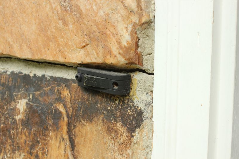 Replace the old doorbell button