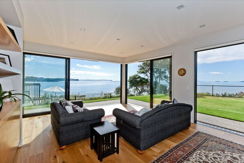 Rothesay Bay house living room seating area view