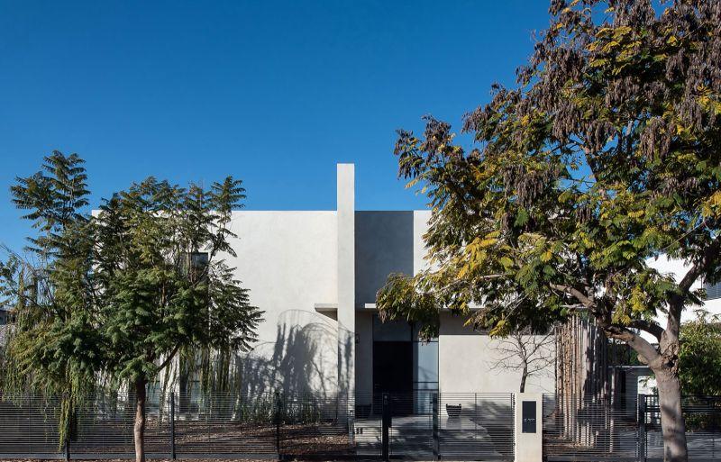 Savion Residence front facade