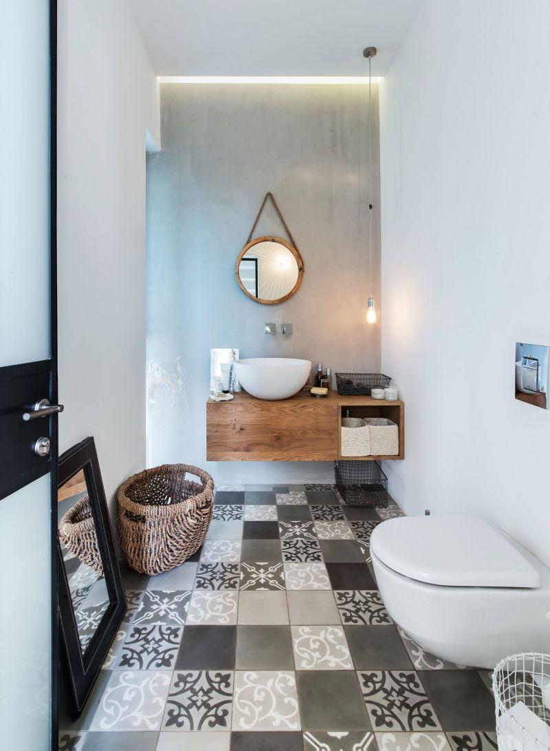 Savion Residence guest bath