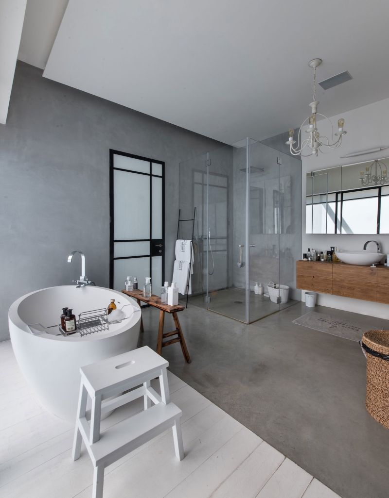 Savion Residence master bedroom shower