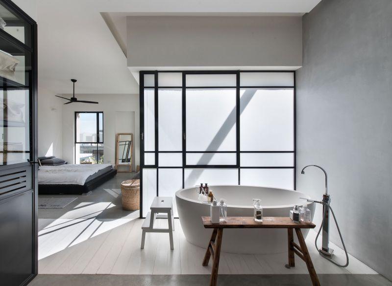 Savion Residence master bedroom tub by wall