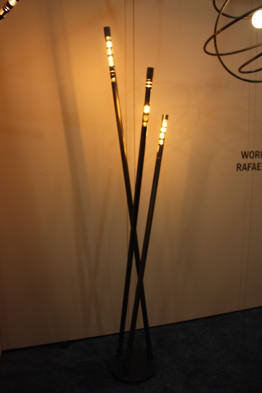 The Sketch Light floor lamp from Work and Design by Rafael Avramovich seems to have a tribal feel thanks to the way the lights are arranged at the ends. Made from oxidized brass, it is also available in raw brass or oxidized copper.