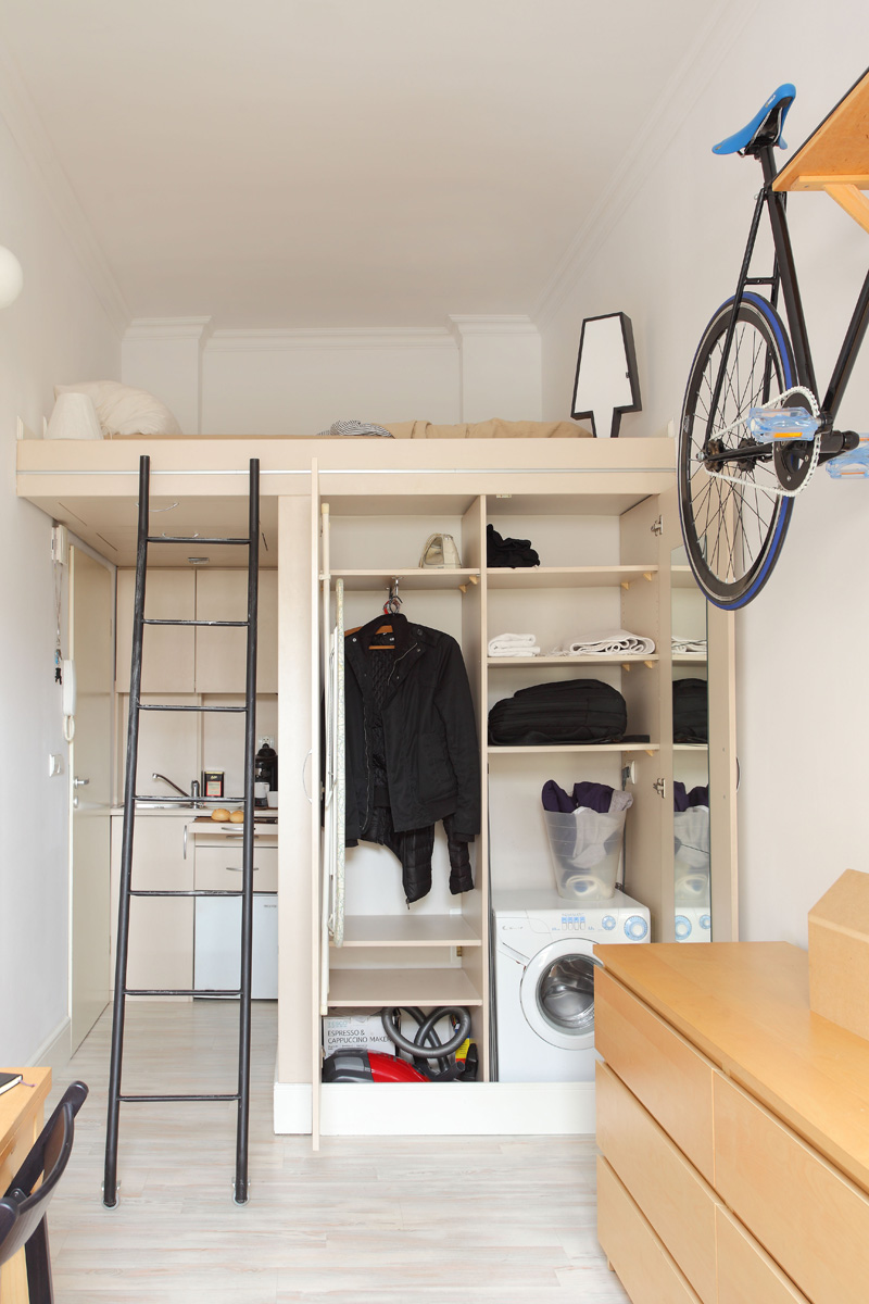 Tiny Apartment In Poland space organization