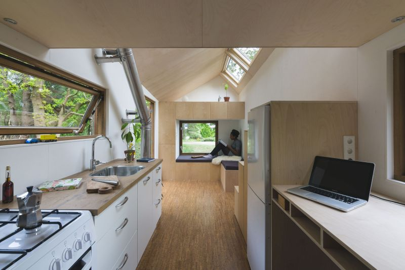 Tiny house in The Netherlands kitchen and desk
