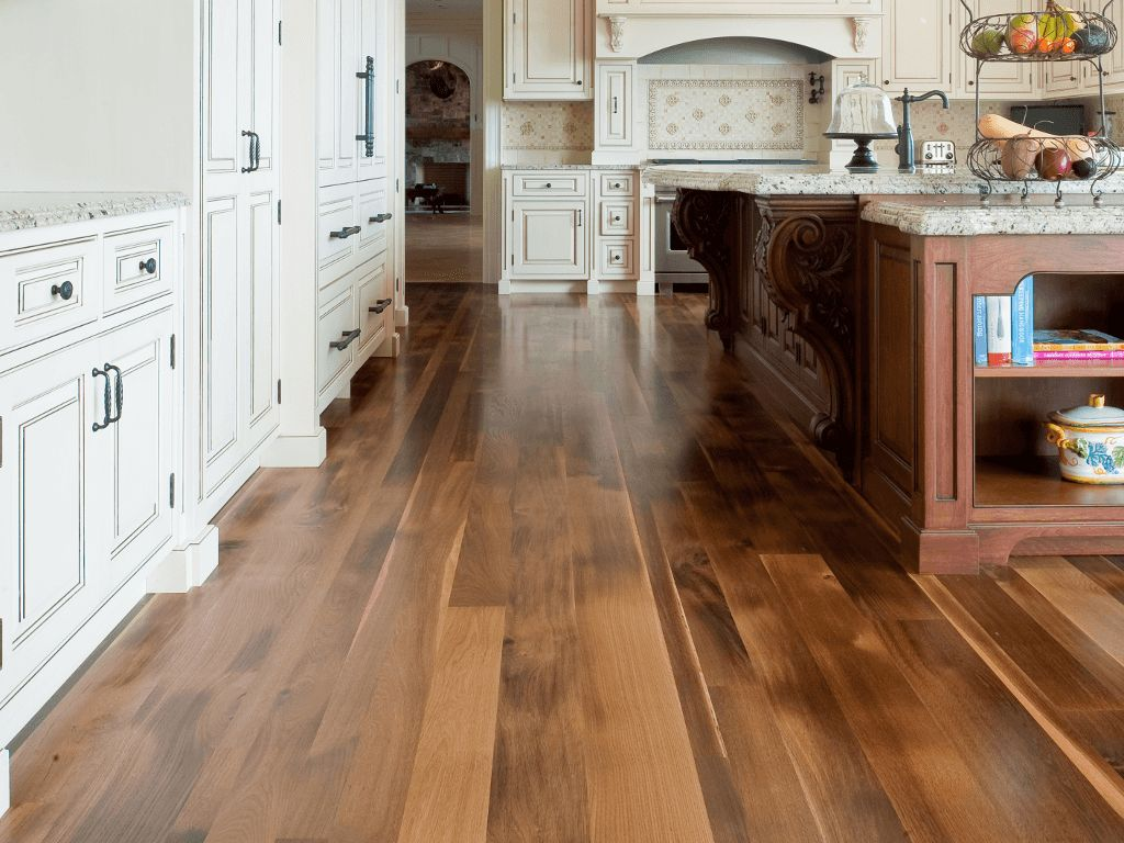 Elegant Traditional Laminate Kitchen Floor