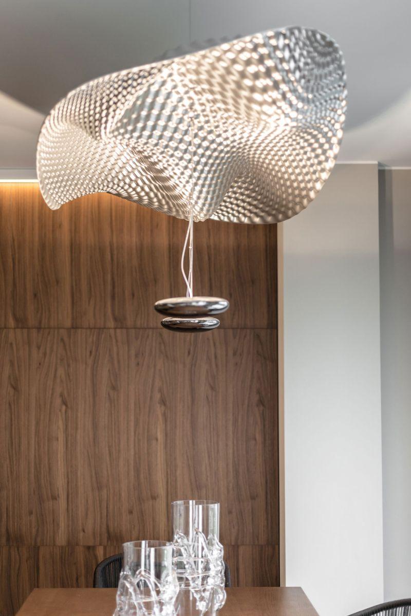 Villa in Bordighera dining room chandelier