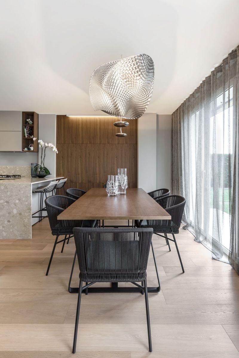 Villa in Bordighera dining room