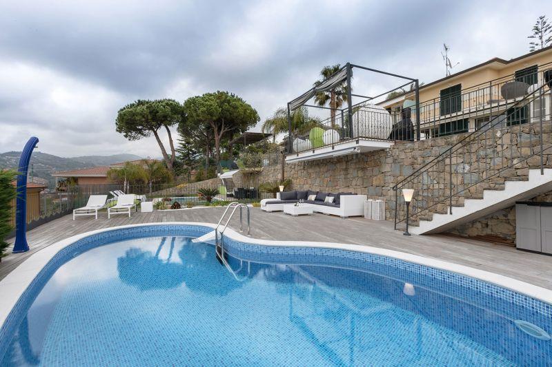 Villa in Bordighera outdoor pool