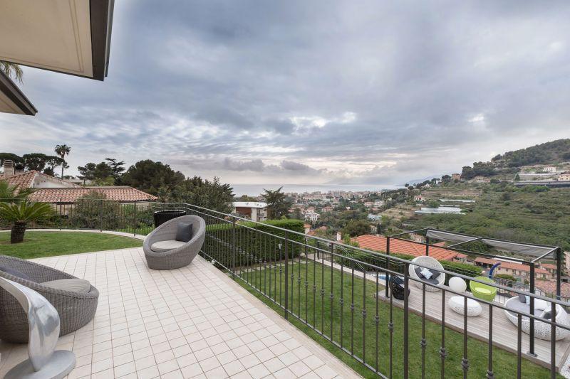 Villa in Bordighera upper terrace view