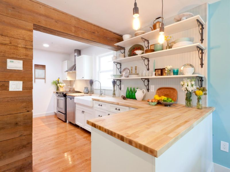 Wood countertop and walls
