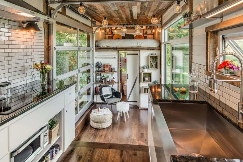 Comfort And Luxury In A Tiny House Format