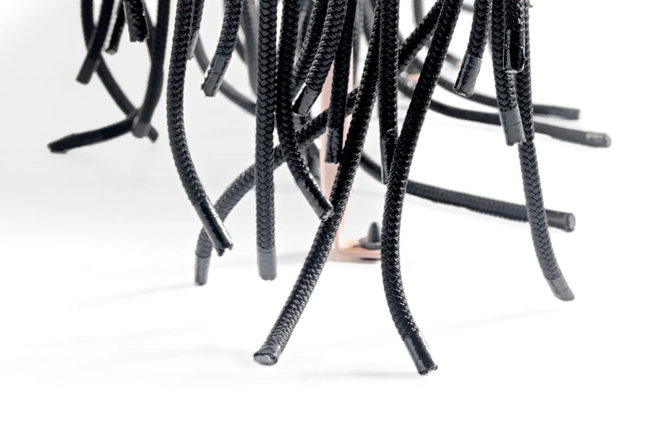 Aybar Catalano Bench black design