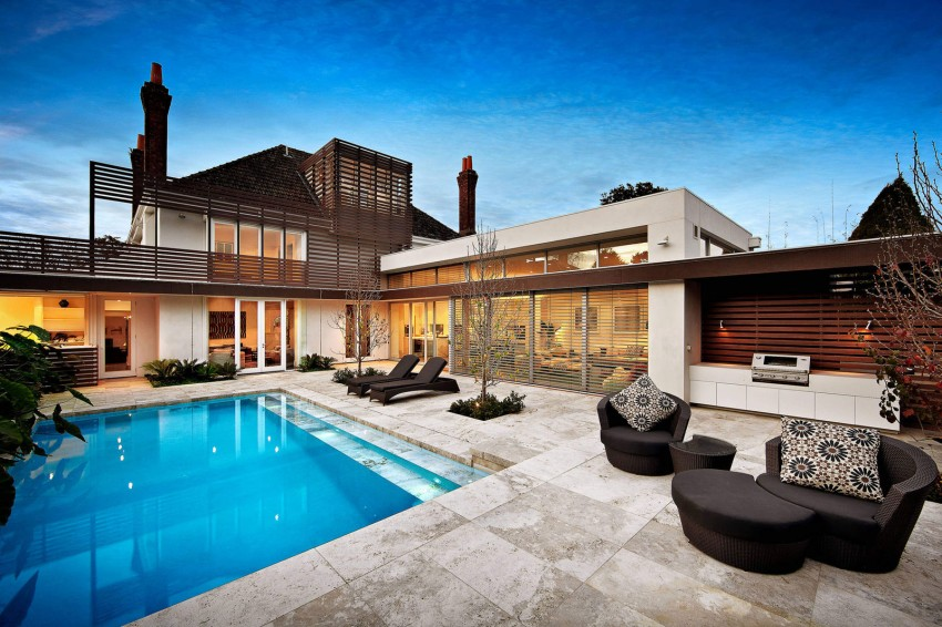 Backyard swimming pool in kooyong house