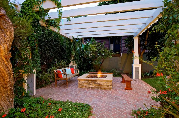 Beautiful perfola area and brick patio