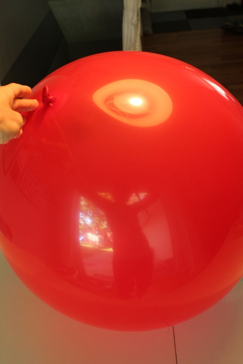 Blow up your round ballon